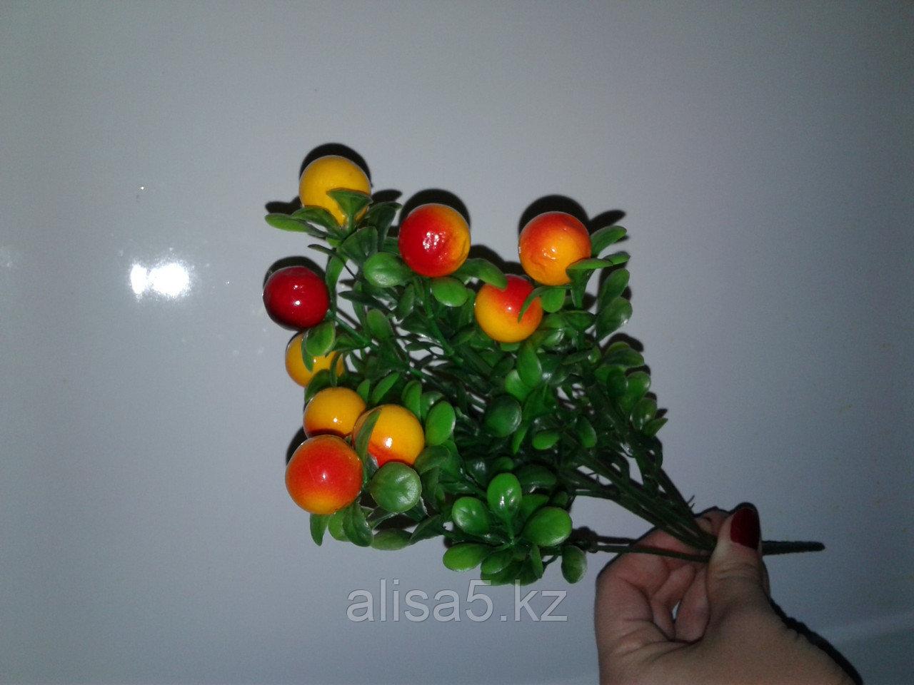 Веточка с ягодами крупные желт, шт.