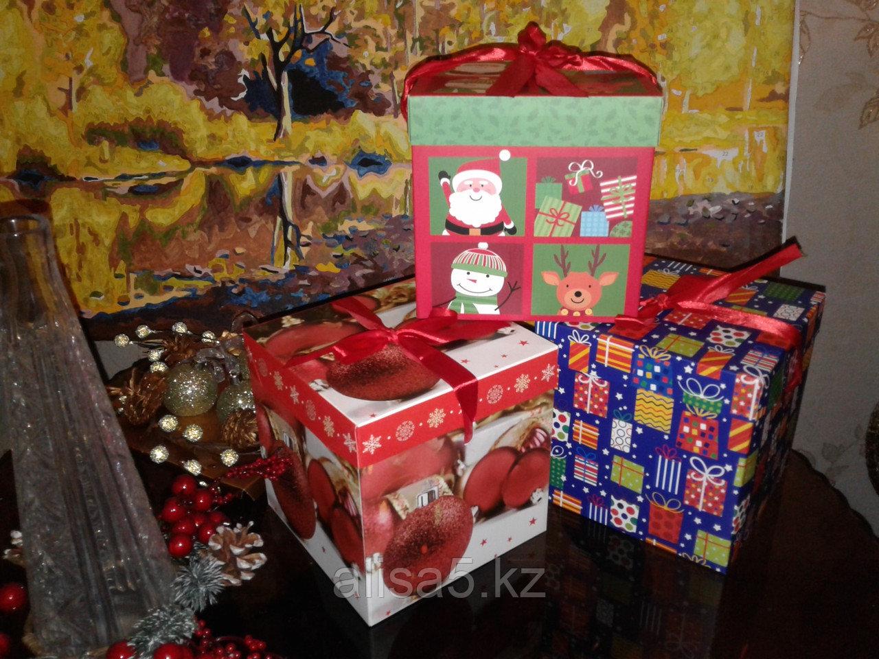Коробочка для подарков 15*15*15 см