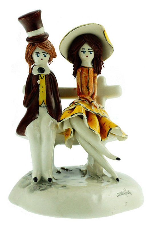 Статуэтка Пара на скамье. Италия, ручная работа, керамика.