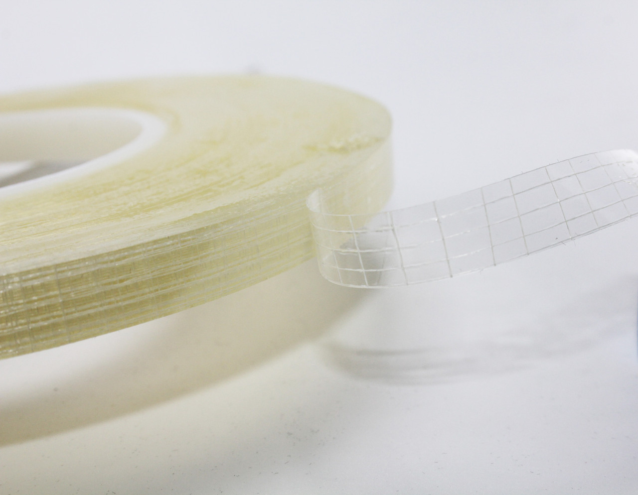 Двухсторонняя клейкая лента для ткани 1Х50