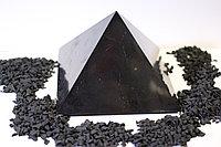Пирамида полированная  из шунгита  12*12 см из Карелии
