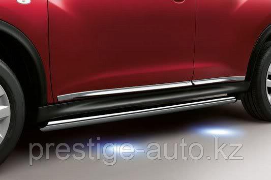 Боковые дуги с подсветкой на Nissan Juke