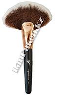 Большая кисть для макияжа румян и пудры (18 см)