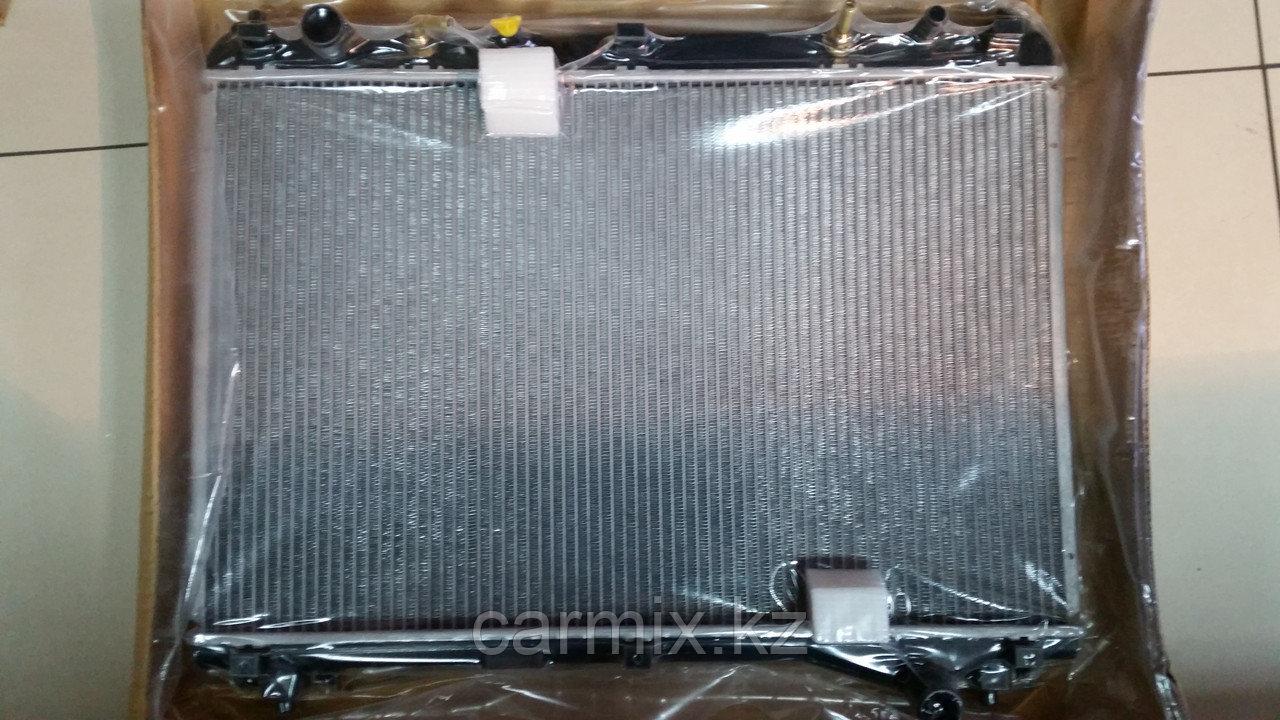 Радиатор охлаждения двигателя Suzuki Grand Vitara V-2.7 2005-
