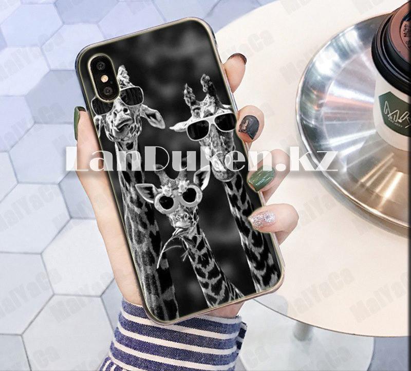 Чехол на iPhone XR (Apple iPhone XR) матовый черный принт жирафов - фото 1