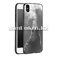 Чехол на iPhone XR (Apple iPhone XR) матовый черный принт волка