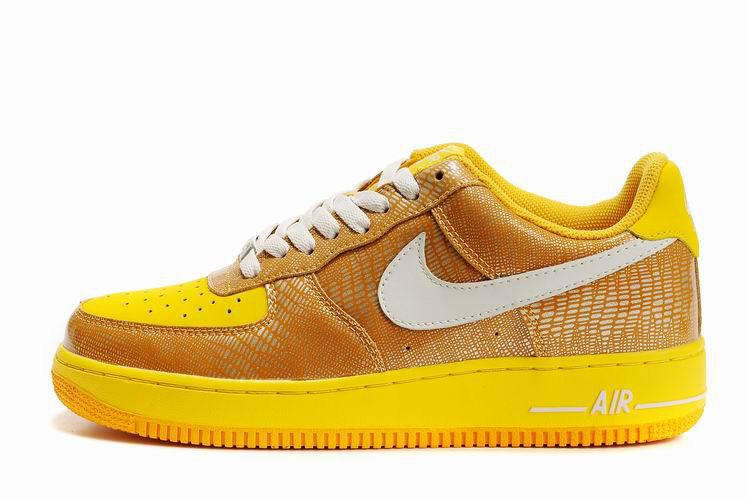 Кроссовки Nike Air Force One Premium золото
