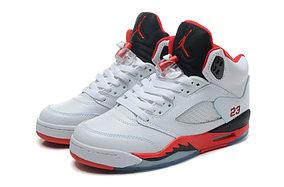 баскетбольные кроссовки Nike Air Jordan 5 Retro бело-красные Акула