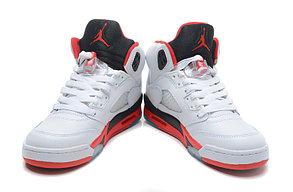 баскетбольные кроссовки Nike Air Jordan 5 Retro бело-красные Акула, фото 2