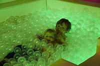 Интерактивный сухой бассейн с шариками