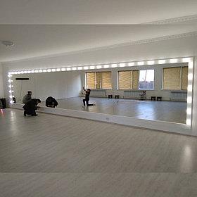 Зеркало для танцевального зала