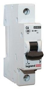 Автоматический выключатель 604806 LR 1р 20А 404029