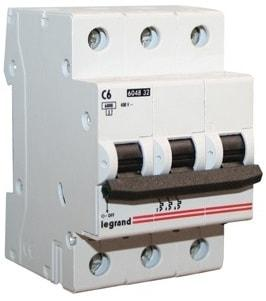 Автоматический выключатель 604836 LR 3р 20А 404057