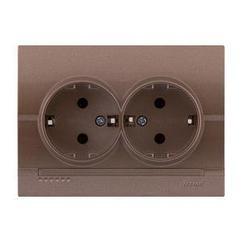 Розетка двойная скрытой установки с заземляющим контактом Deriy 702-3131-127