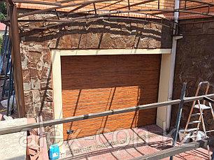 Гаражные ворота с калиткой (золотой дуб), фото 2