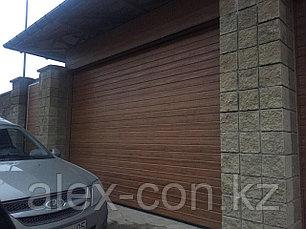 Гаражные ворота с калиткой (золотой дуб), фото 3