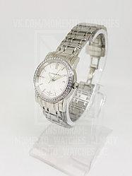 Женские часы Burberry