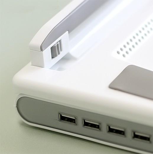 """Встроенный USB Hub с 4-мя портами USB 2.0 — отличительный знак """"SmartBird NBS-07WH"""""""