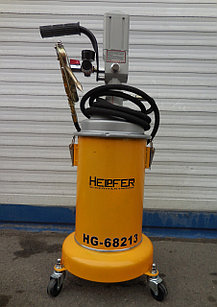 Пневматический экстрактор для замены масла Helpfer HG-68213