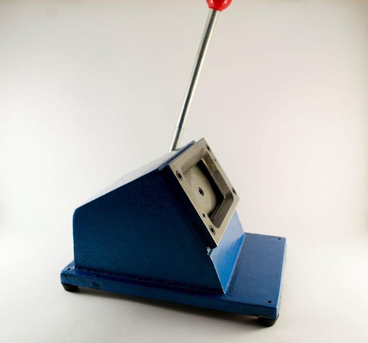 Вырубка для визиток ПВХ 54х86 мм ( закругленные углы) Синяя / Серая