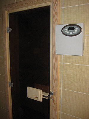 Двери для саун и бань. Производства Финляндия. Россия.