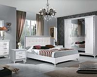 Дана светлая мебель для жилой комнаты