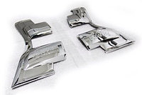 Хром накладка на задние фонари на Land Cruiser Prado 150 2014-17