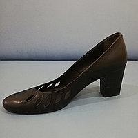 Женские туфли чёрные закрытые