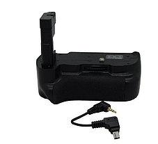 Батарейный блок на Nikon D5300 (работают от  2-х акумуляторами EN-EL14a), фото 2