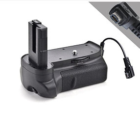 Батарейный блок на Nikon D3100, D3200
