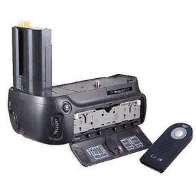 Батарейный блок на Nikon D80 DSLR