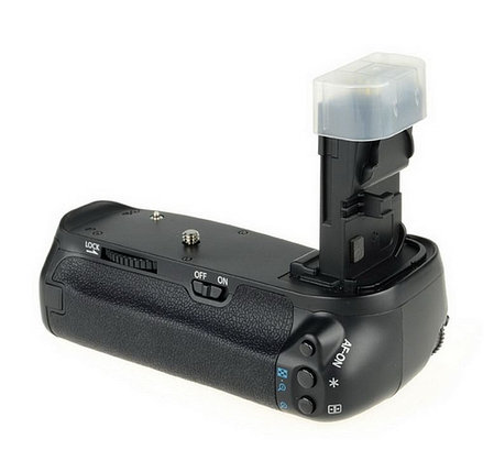 Батарейный блок-ручка (бустер) на CANON EOS 70D от MEIKE, фото 2