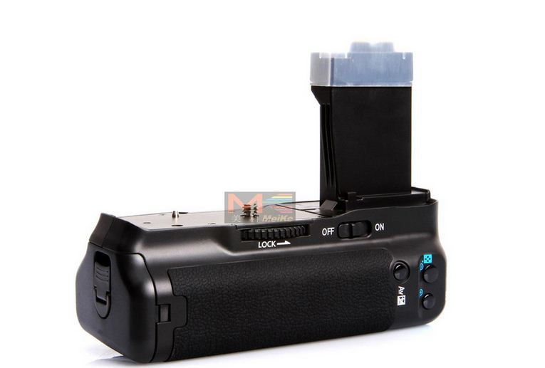 Батарейный блок на Canon EOS 550D