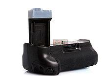 Батарейный блок на Canon EOS 550D, фото 3
