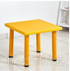 Столик пластиковый квадратный детский Рубик HD401 HUADONG