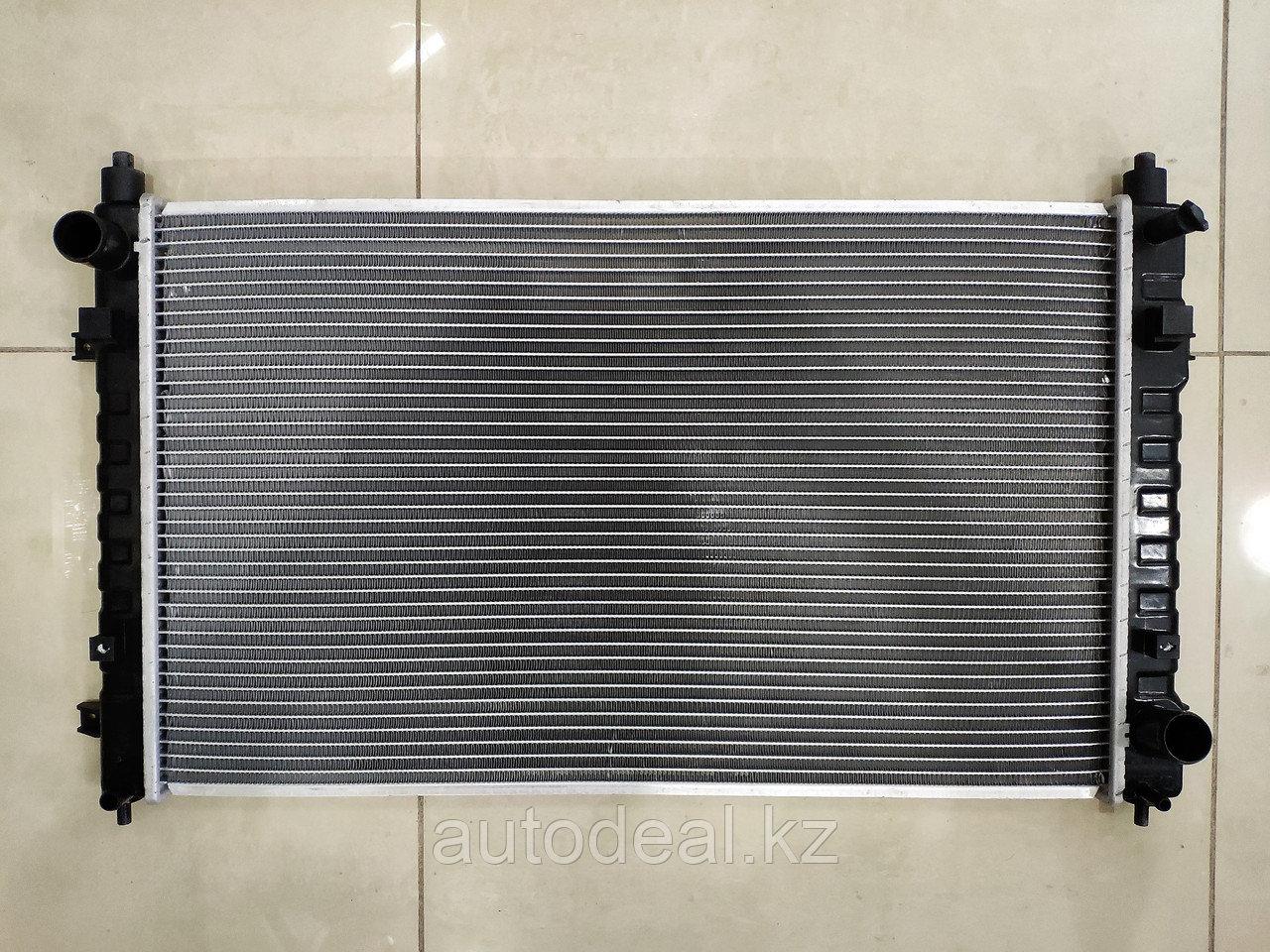 Радиатор охлаждения двигателя geely X7
