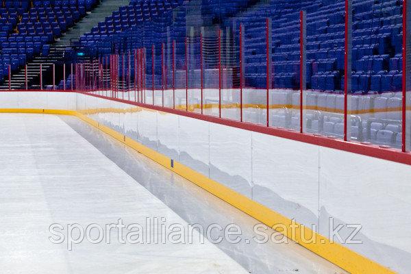 Монтаж хоккейных бортов