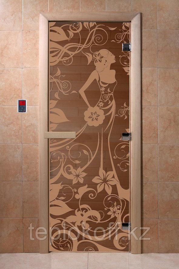 """Дверь стеклянная банная """"Девушка в цветах"""", 3 петли,  стекло 8 мм, коробка Ольха"""