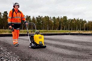 Оборудование для дорожных и земельных работ