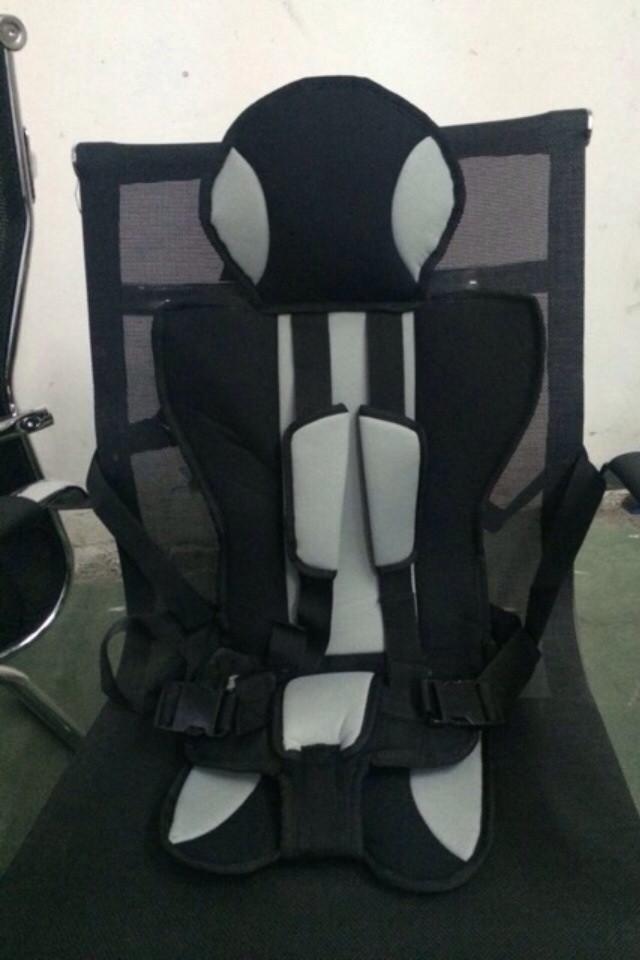 Бескаркасное авто кресло+адаптер в подарок!