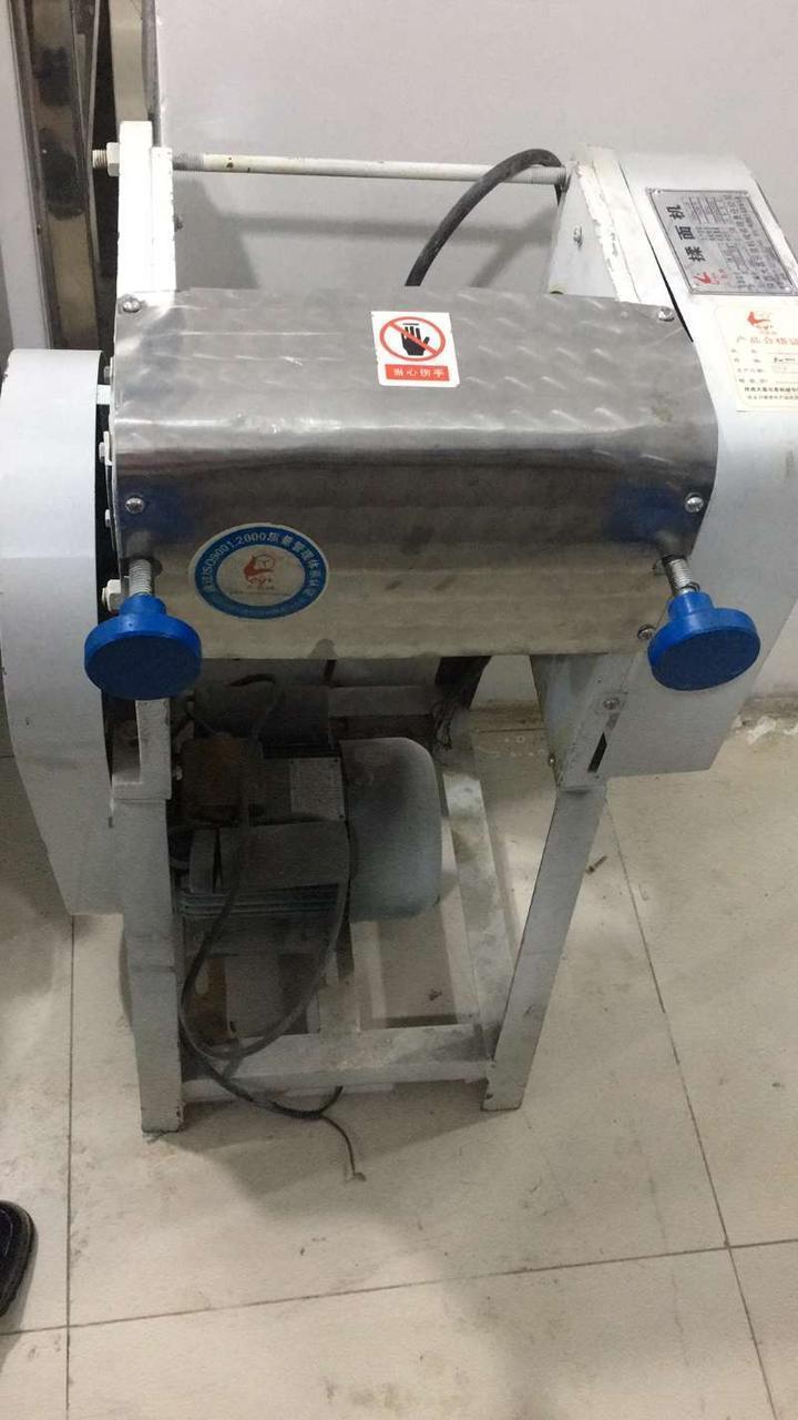 Тестораскаточная машина YP-350