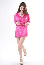 Малиновый атласный халат с пеньюаром