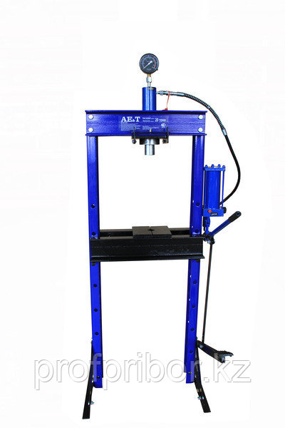 Пресс T61220ВН 20т с ножным приводом (AE&T)