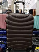 чемодан  средний, темно коричневый