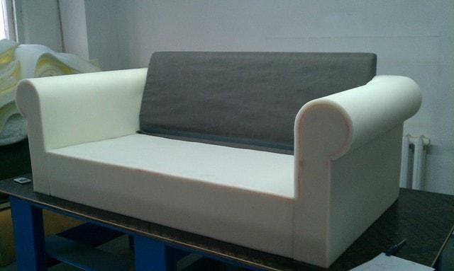 Перетяжка и обивка предметов мягкой мебели