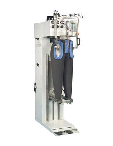 Пароманекен для брюк Electrolux FTT2