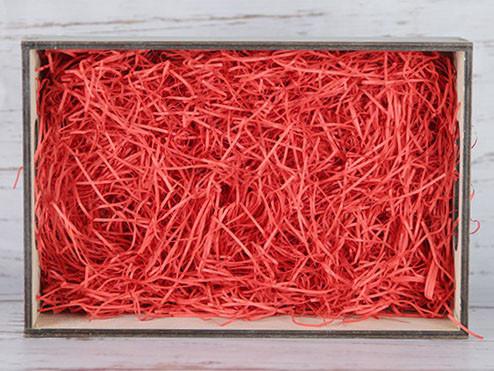 Бумажный наполнитель для оформления подарков. Цвет - Красный 100 гр.
