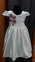 Бальное платье для девочки из белого атласа с отделкой из 3D вышивки (ручная работа)