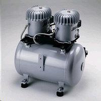 Компрессор воздуха масляный 12-40 с микрофильтром 0,01мкр, объем ресивера 40л, max p=8 бар, 64 л/мин