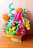Цветочки из шаров в корзине
